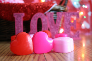 candles-and-heart-cases-for-valentines-day